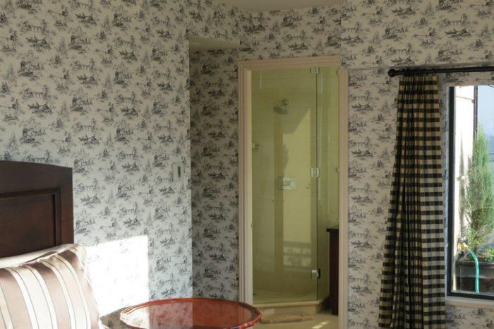 Thibaut Wallpaper Vancouver Penthouse