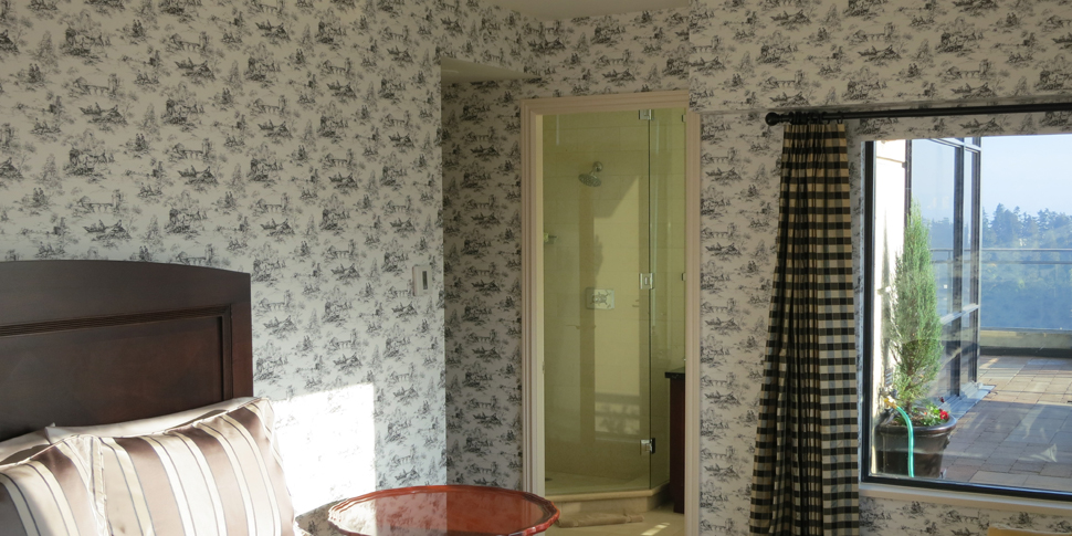 classic-toile-bedroom-flip